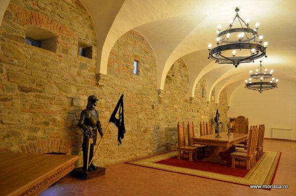 Interior Muzeul de Istorie si Etnografie de la Cetatea Fagaras