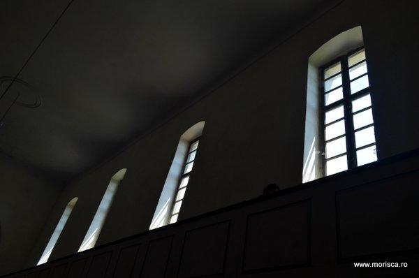 Biserica fortificata din Ungra