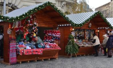 Bucharest Christmas Market - decembrie 2015 in Piata Universitatii