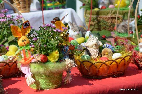Targul traditional de Paste din Gradina Cismigiu - Bucuresti