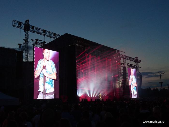 Concert Maroon 5 in Piata Constitutiei din Bucuresti - live