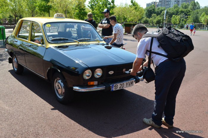Masini de coletie la evenimentul Retromobil Fabricat in Romania - Parcul Copiilor, 2016