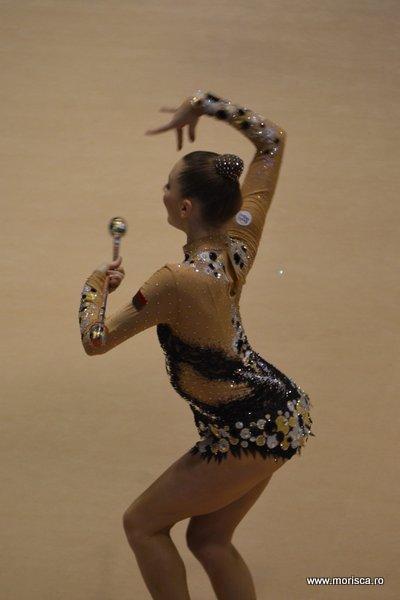 Gimnastica ritmica la Sala Polivalenta din Bucuresti - Cupa Irina Deleanu - proba de maciuci - aprilie 2015