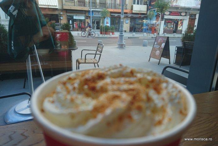 Cafea @ Starbucks pe Calea Victoriei din Bucuresti