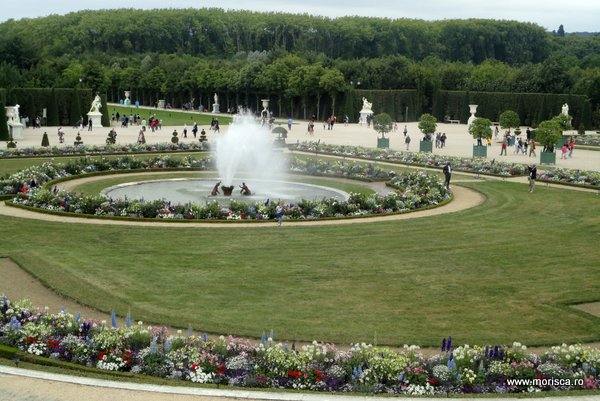 Franta_Gradini_la_palatul_Versailles