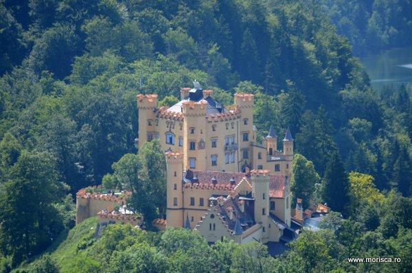 Castelul Schloss Hohenschuangau in Bavaria (Germania)