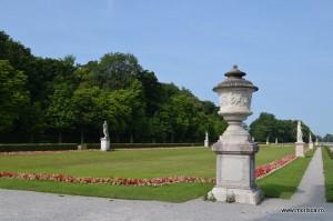 gradina palatului Schloss Nymphenburg din Munchen