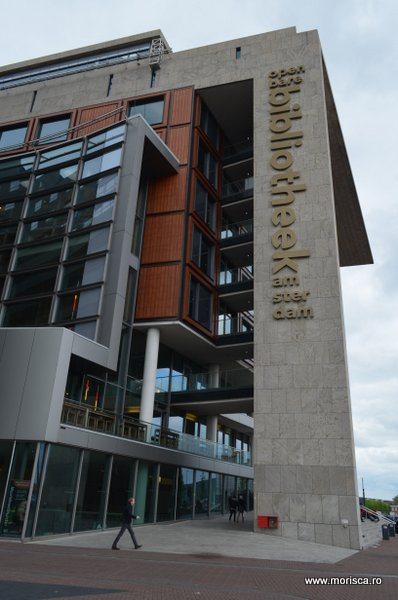 La biblioteca in Asterdam - Openbare Bibliotheek