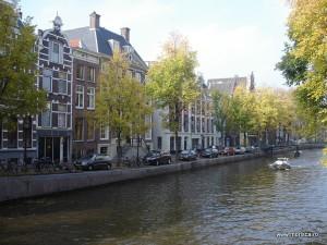 La plimbare in Amsterdam